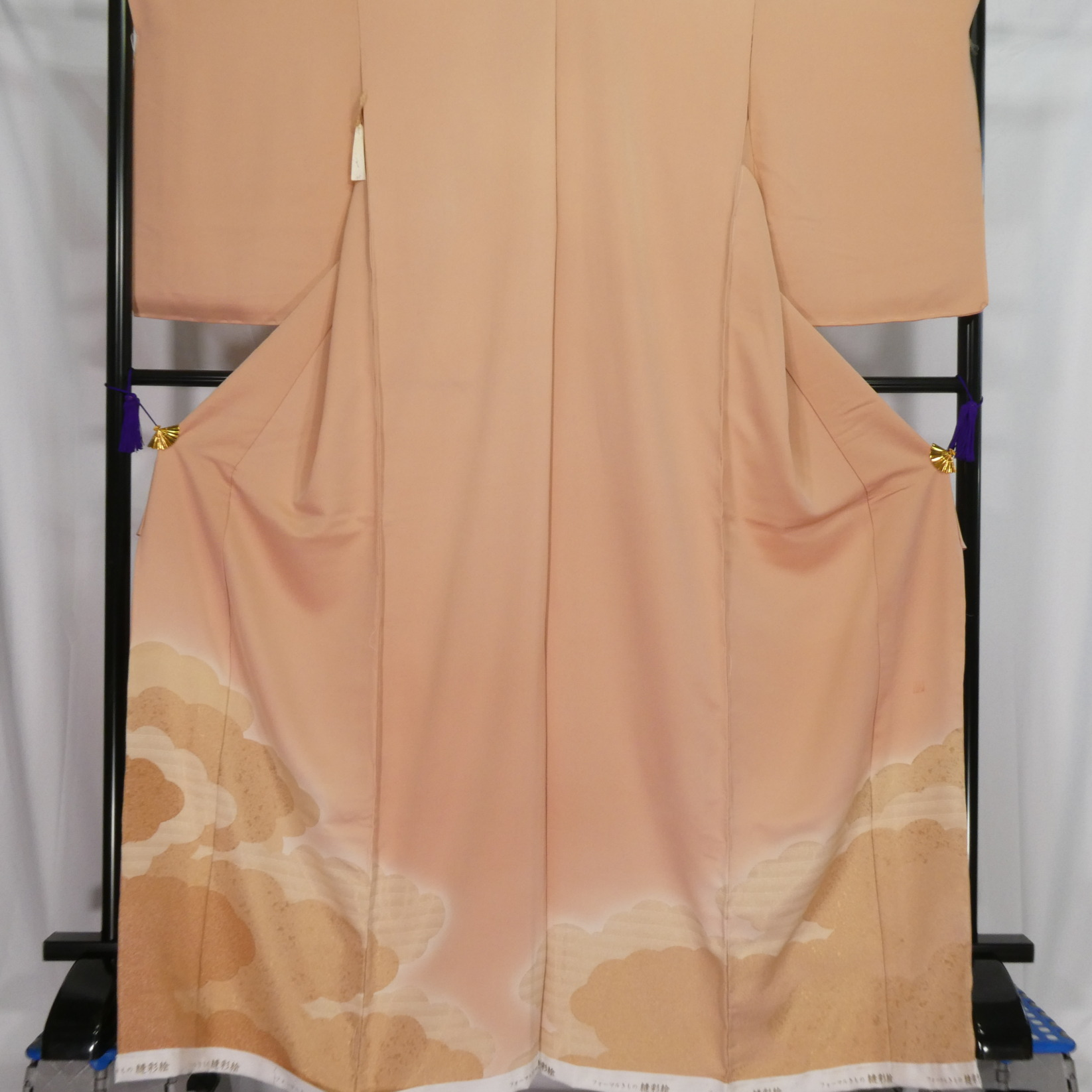 No.1059_色留袖 新品仮縫い