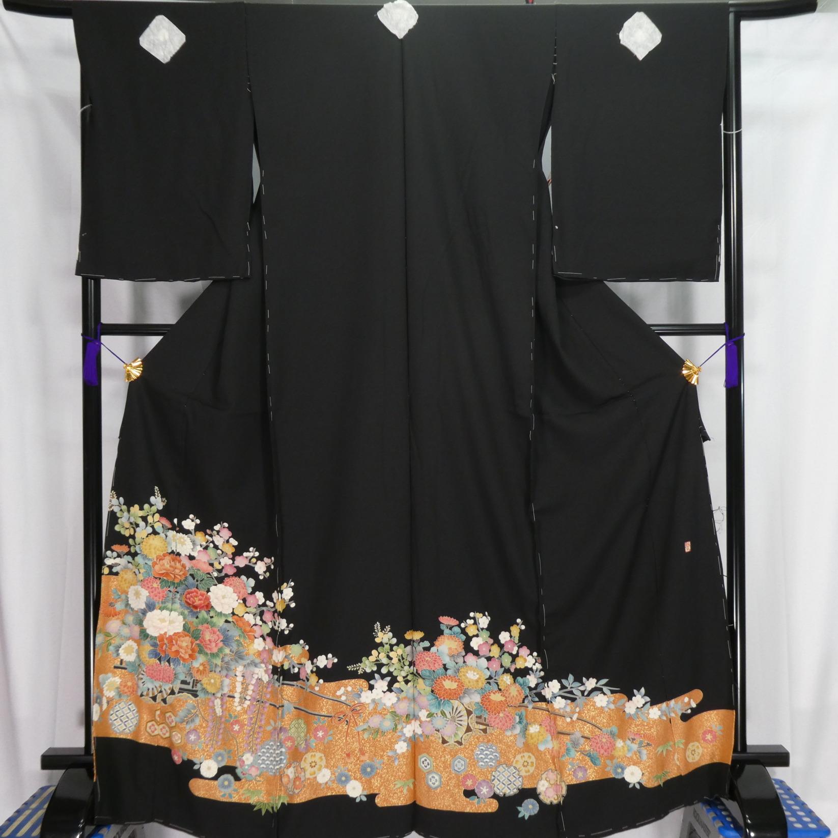 No.1063_留袖 新品仮縫い